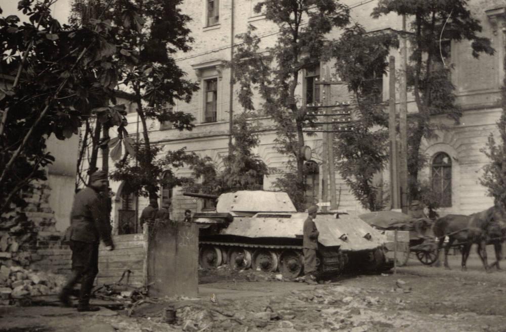 ccdf8c6b27ace5 75 років тому Полтаву окупували війська Вермахту. Як це було ...